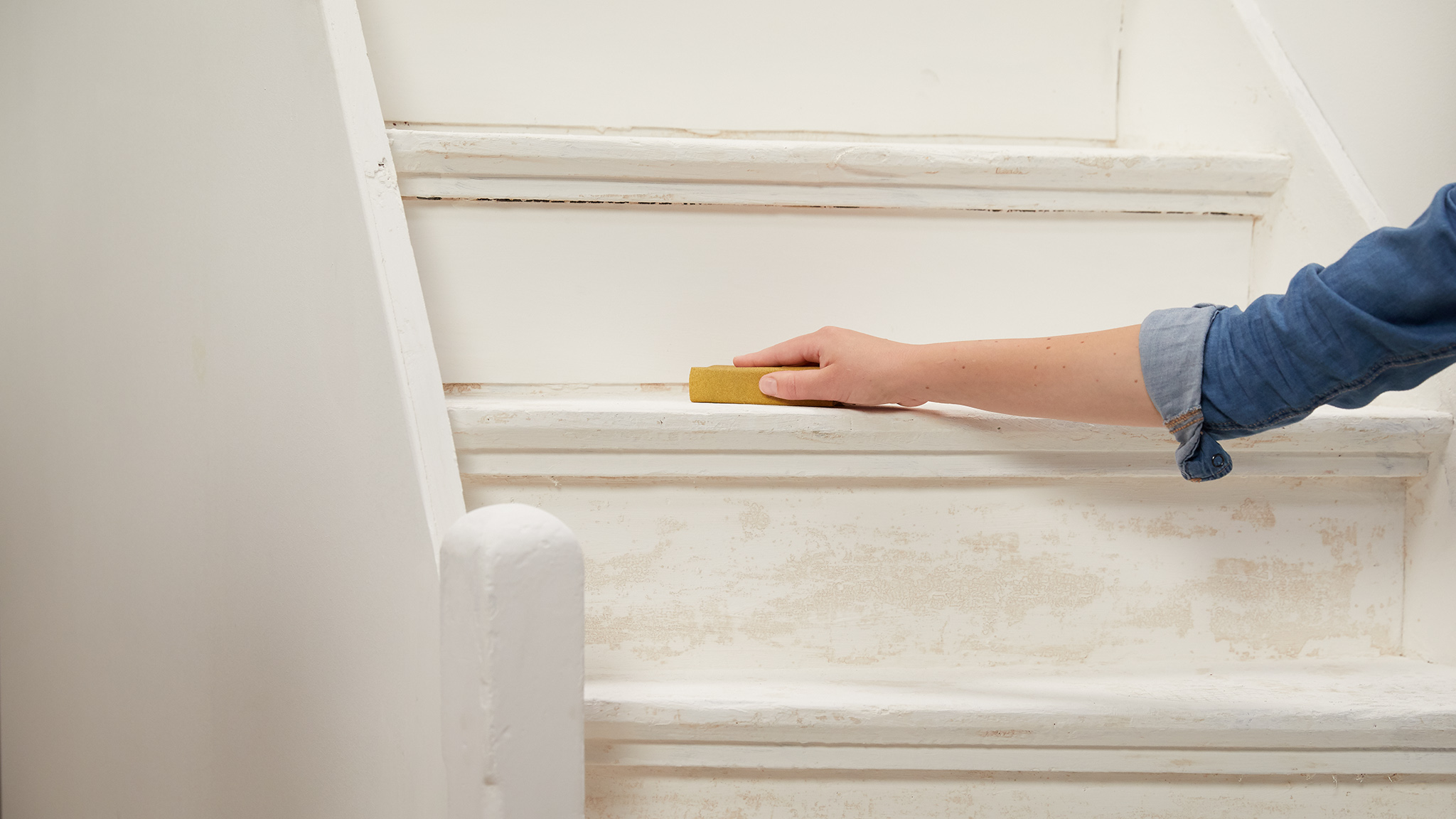 dulux_simply_refresh_floors_stairs_global_2