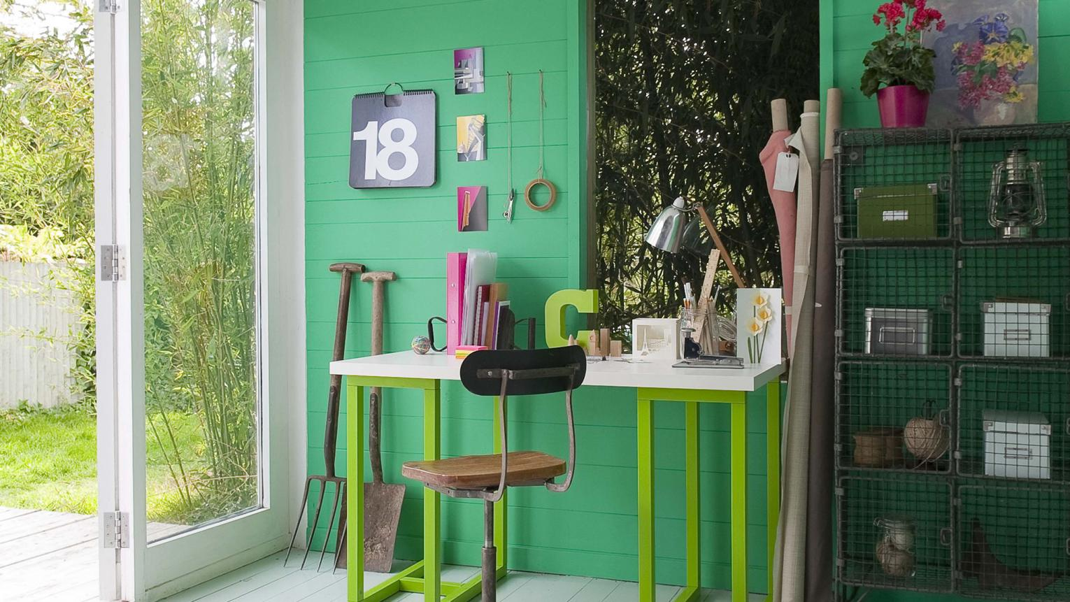Does your study pull double-duty?  Colour is the key to creating a multi-purpose home office that makes working a joy.