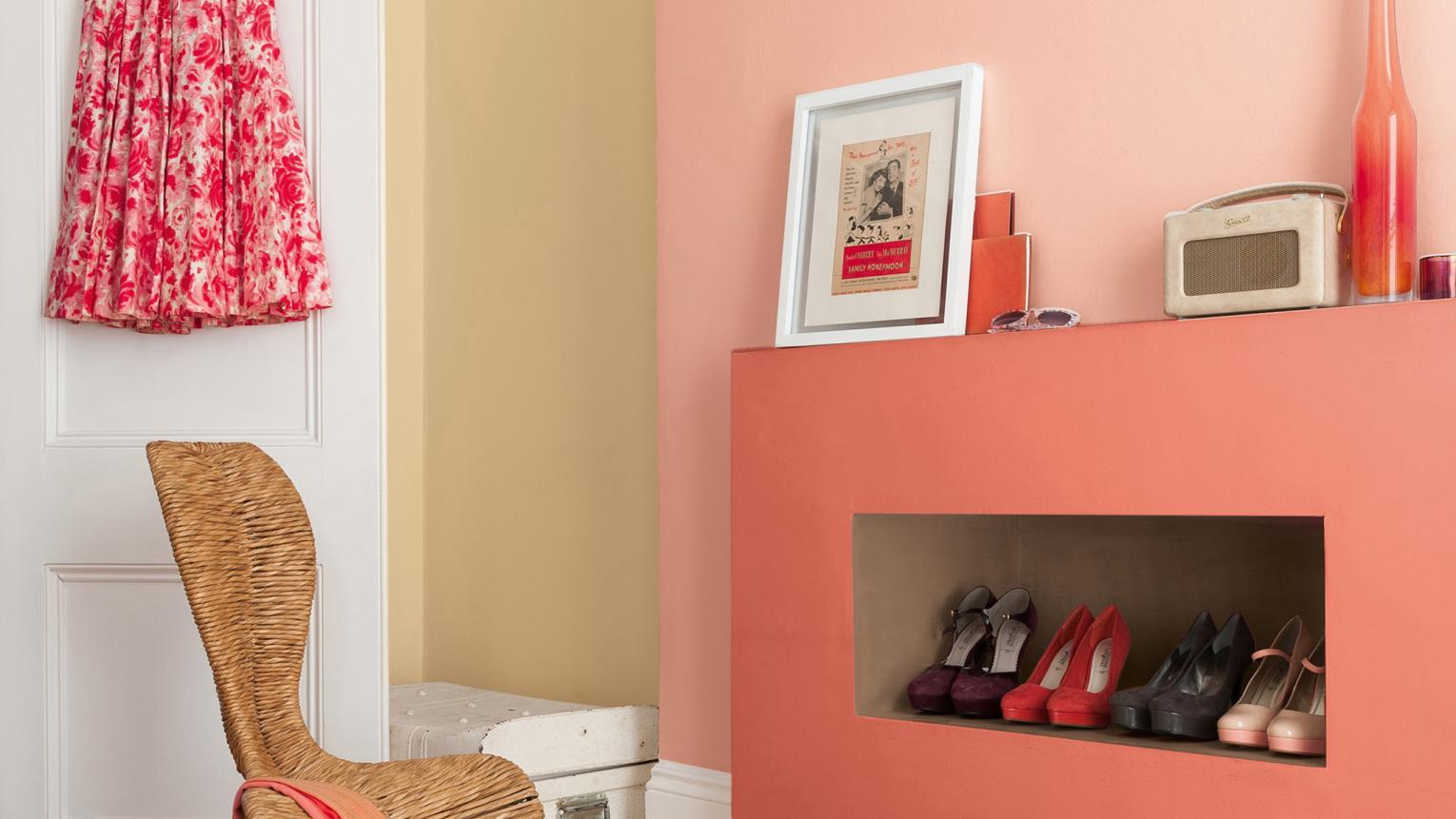 An easy decorating project, colour blocking is the art of combining several vibrant colours in one space.