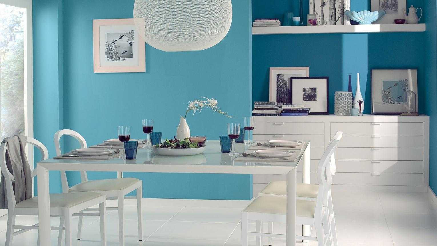 Use uniform blue for a clean Scandinavian-inspired look.